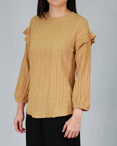 RAINE ROUND NECK 3/4 SLEEVE BLOUSE IN GOLD