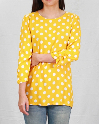 SARAH ROUND NECK 3/4 SLEEVE BLOUSE IN MID YELLOW