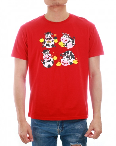 MEN COW FAMILY GRAPHIC TEE IN RED
