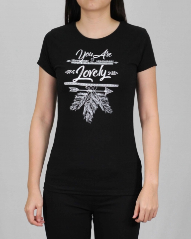 WOMEN YOU ARE SO LOVELY GRAPHIC TEE IN BLACK