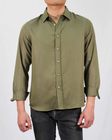 SEAN COLLARED LONG SLEEVE SHIRT IN ARMY GREEN