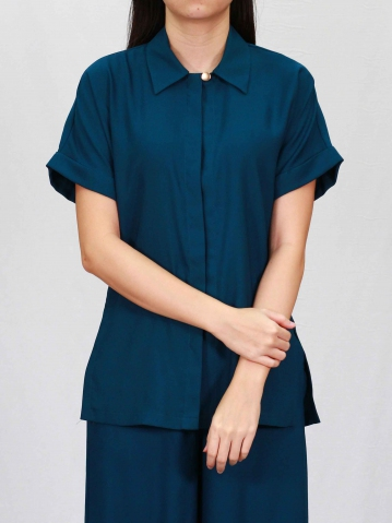 PAISLEY COLLARED SHORT SLEEVE BLOUSE IN PETROL