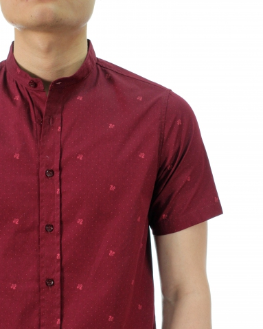 TONY PRINTED SHORT SLEEVE SHIRT IN DARK MAROON
