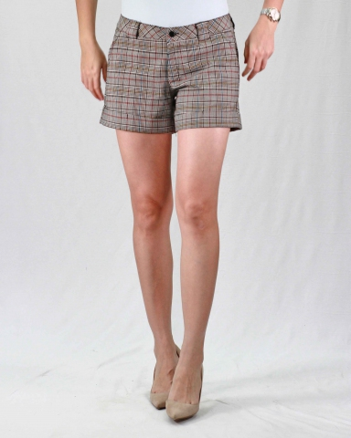 RAINE CHECKED SHORT PANTS IN BEIGE