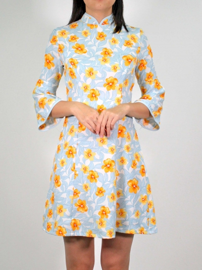 MOLLY PRINTED 3/4 SLEEVE CHEONGSAM IN MID BLUE