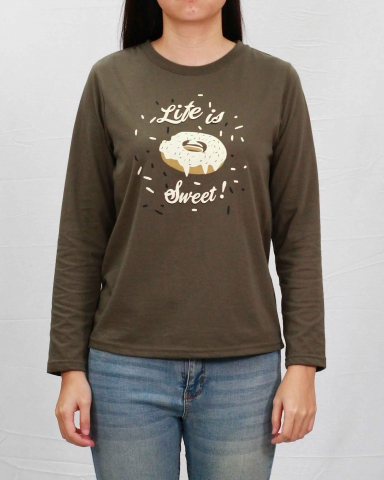 WOMEN LIFE IS SWEET GRAPHIC TEE IN ARMY GREEN