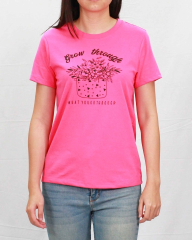 WOMEN GROW THROUGH GRAPHIC TEE IN MID PINK
