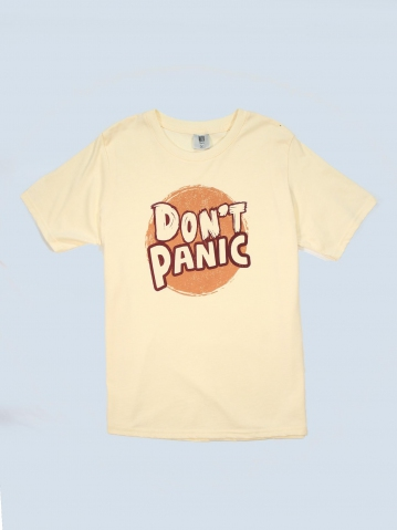 BOYS DONT PANIC GRAPHIC TEE IN CREAM