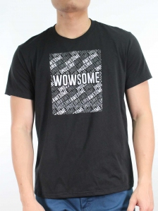 MEN WOWSOME GRAPHIC TEE IN BLACK