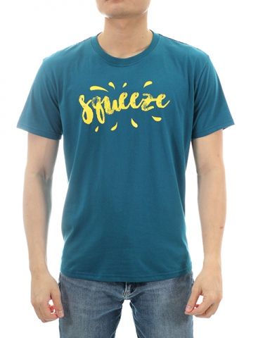 MEN SQUEEZE GRAPHIC TEE IN DARK TEAL