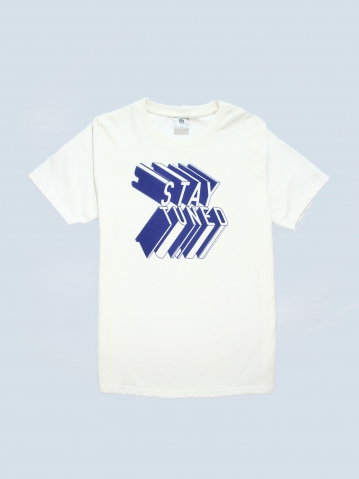 BOYS STAY TUNED GRAPHIC TEE IN OFF WHITE