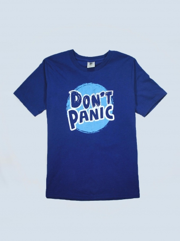 BOYS DONT PANIC GRAPHIC TEE IN DARK ROYAL