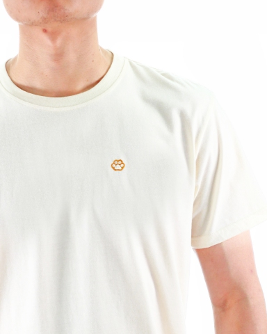 MEN CAT PAW EMBROIDERY LOGO TEE IN CREAM