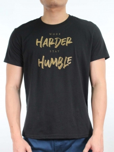 MEN WORK HARDER STAY HUMBLE GRAPHIC TEE IN BLACK