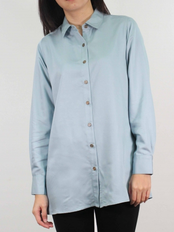 MOON COLLARED LONG SLEEVE LONG SHIRT IN LIGHT BLUE