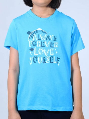 GIRLS LOVE YOURSELF GRAPHIC TEE IN MID BLUE