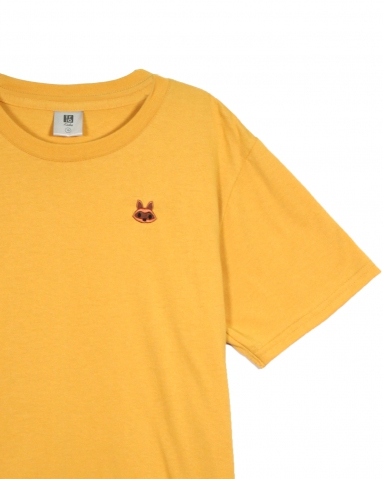 BOYS RACCOON EMBROIDERY LOGO TEE IN MUSTARD