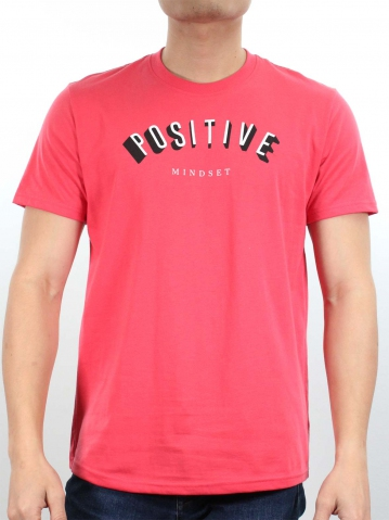 MEN POSITIVE GRAPHIC TEE IN ROSE
