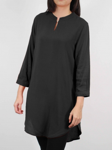 MOON SOLID COLOUR 3/4 SLEEVE TUNIC IN BLACK