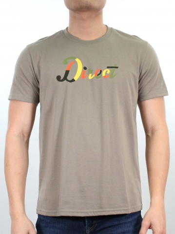 MEN DIRECT GRAPHIC TEE IN KHAKI