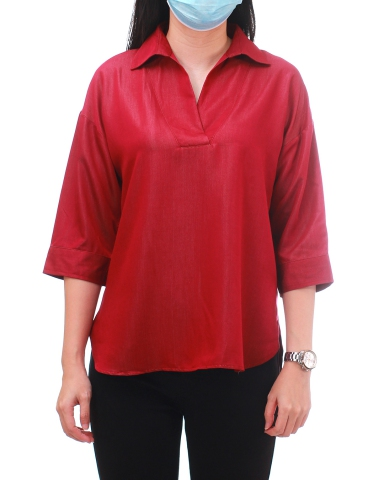 YVONNE COLLARED 3/4 SLEEVE BLOUSE IN DARK RED