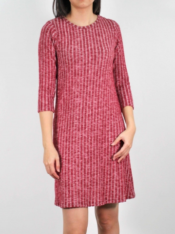 MOON ROUND NECK 3/4 SLEEVE DRESS IN MAROON