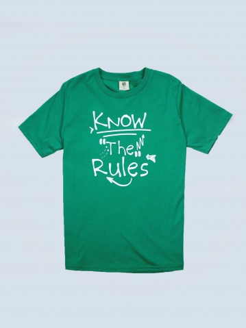 BOYS KNOW THE RULES GRAPHIC TEE IN DARK GREEN