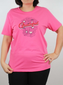 WOMEN PLUS SIZE GRATEFUL GRAPHIC TEE IN PINK