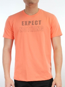 MEN EXPECT NOTHING GRAPHIC TEE IN PEACH