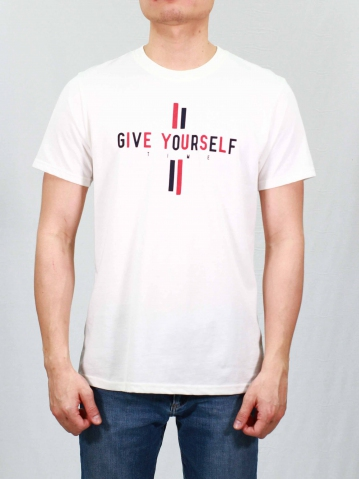 MEN GIVE YOURSELF TIME GRAPHIC TEE IN OFF WHITE