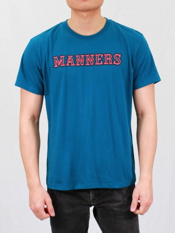 MEN MANNERS GRAPHIC TEE IN PETROL