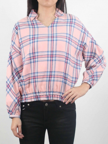 LYNN V WITH COLLAR LONG SLEEVE BLOUSE IN PINK