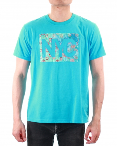 MEN NYC PATCH APPLIQUE GRAPHIC TEE IN MID BLUE