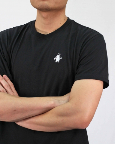 MEN PENGUIN EMBROIDERY LOGO TEE IN BLACK