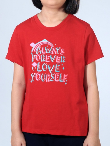 GIRLS LOVE YOURSELF GRAPHIC TEE IN MAROON