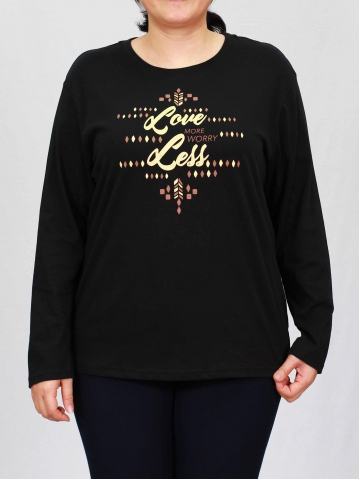 WOMEN PLUS SIZE LOVE MORE GRAPHIC TEE IN BLACK