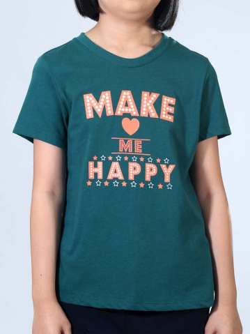 GIRLS MAKE ME HAPPY GRAPHIC TEE IN DARK GREEN