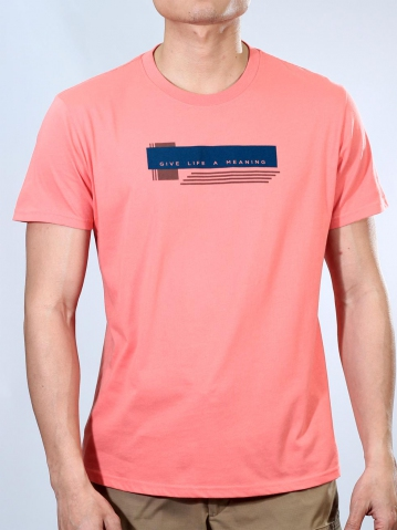 MEN GIVE LIFE A MEANING GRAPHIC TEE IN CORAL
