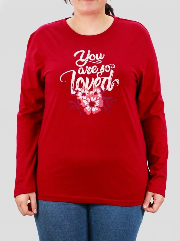 WOMEN PLUS SIZE LOVED GRAPHIC TEE IN DARK RED