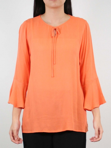 JANE ROUND NECK 3/4 SLEEVE BLOUSE IN PEACH