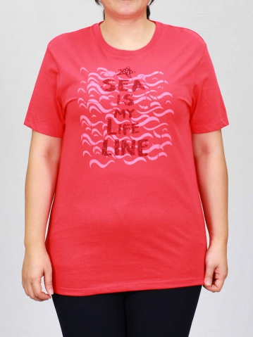 WOMEN PLUS SIZE LIFE LINE GRAPHIC TEE IN RED